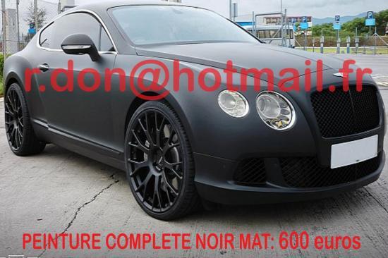 Choisissez un noir mat de haute qualité et changez votre voiture.